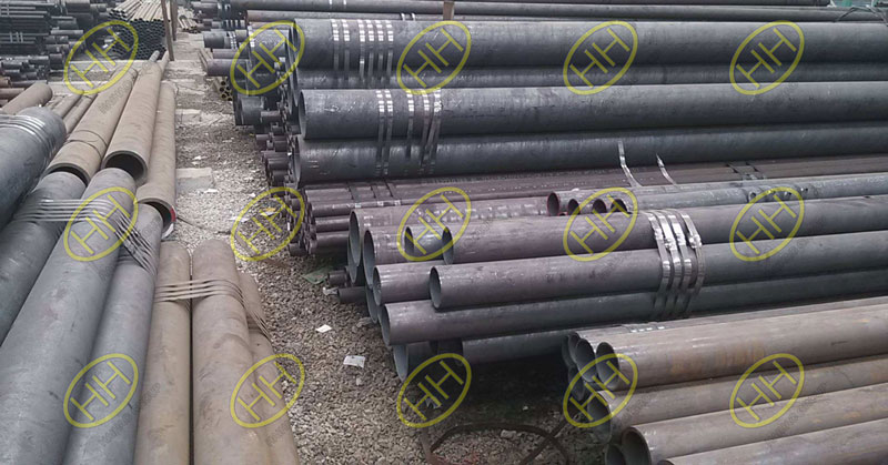 Ferritic stainless steel pipes