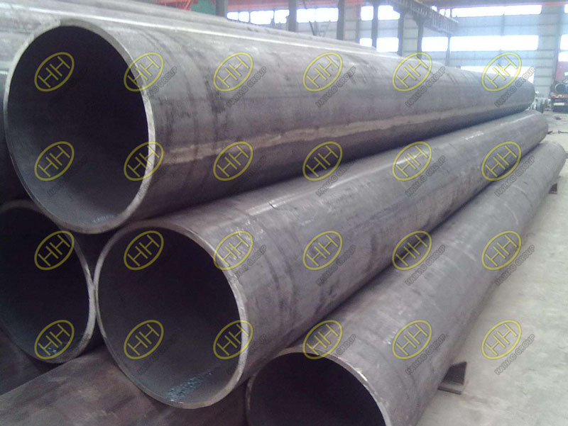Characteristics of low alloy steel